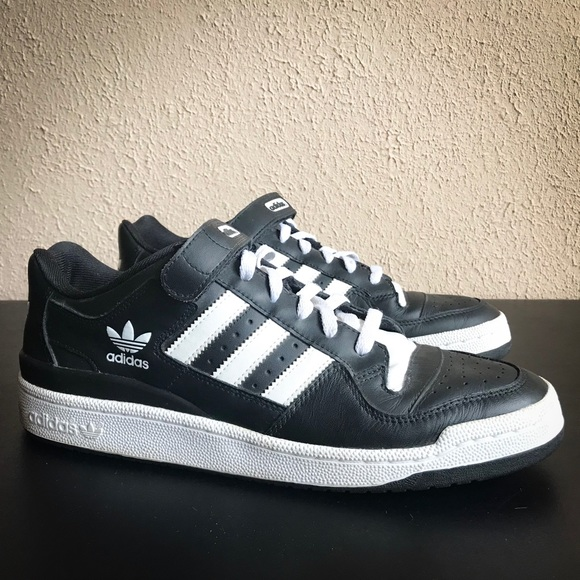 66b0e715b adidas Other - Men s Adidas Originals  Forum  Low Top Shoes